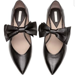 Genuine Leather flats with bow detail H&M